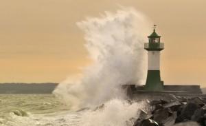 Leuchtturm im Sturm