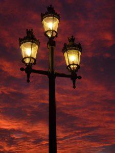 street-lamp-392095_1920